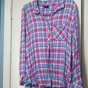 Gap pink and blue thin flannel top